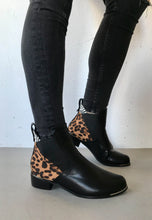 Load image into Gallery viewer, leopard print boots lunar