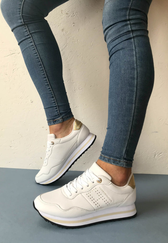 tommy hilfiger trainers womens
