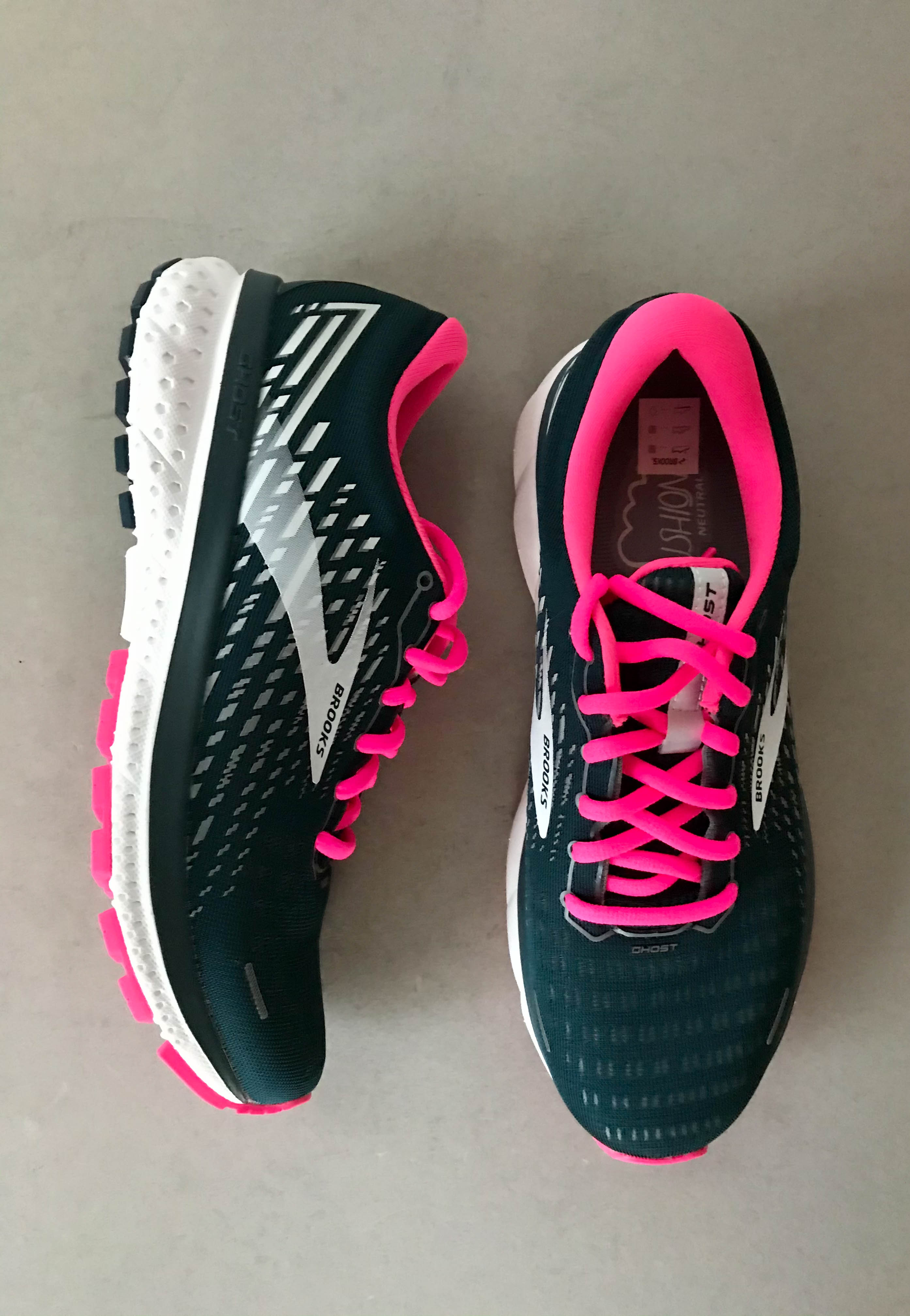 running shoes for women brooks