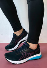 Load image into Gallery viewer, asics womens shoes