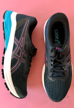 Load image into Gallery viewer, asics womens