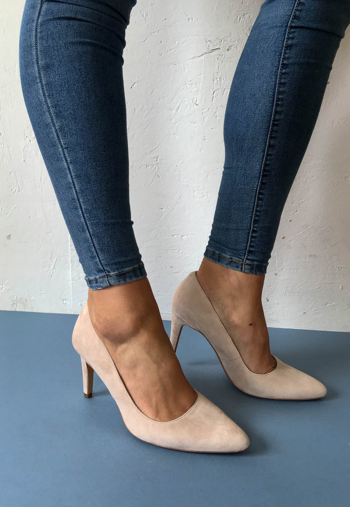 Clarks nude court shoes