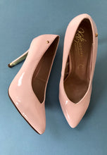 Load image into Gallery viewer, pink court shoes