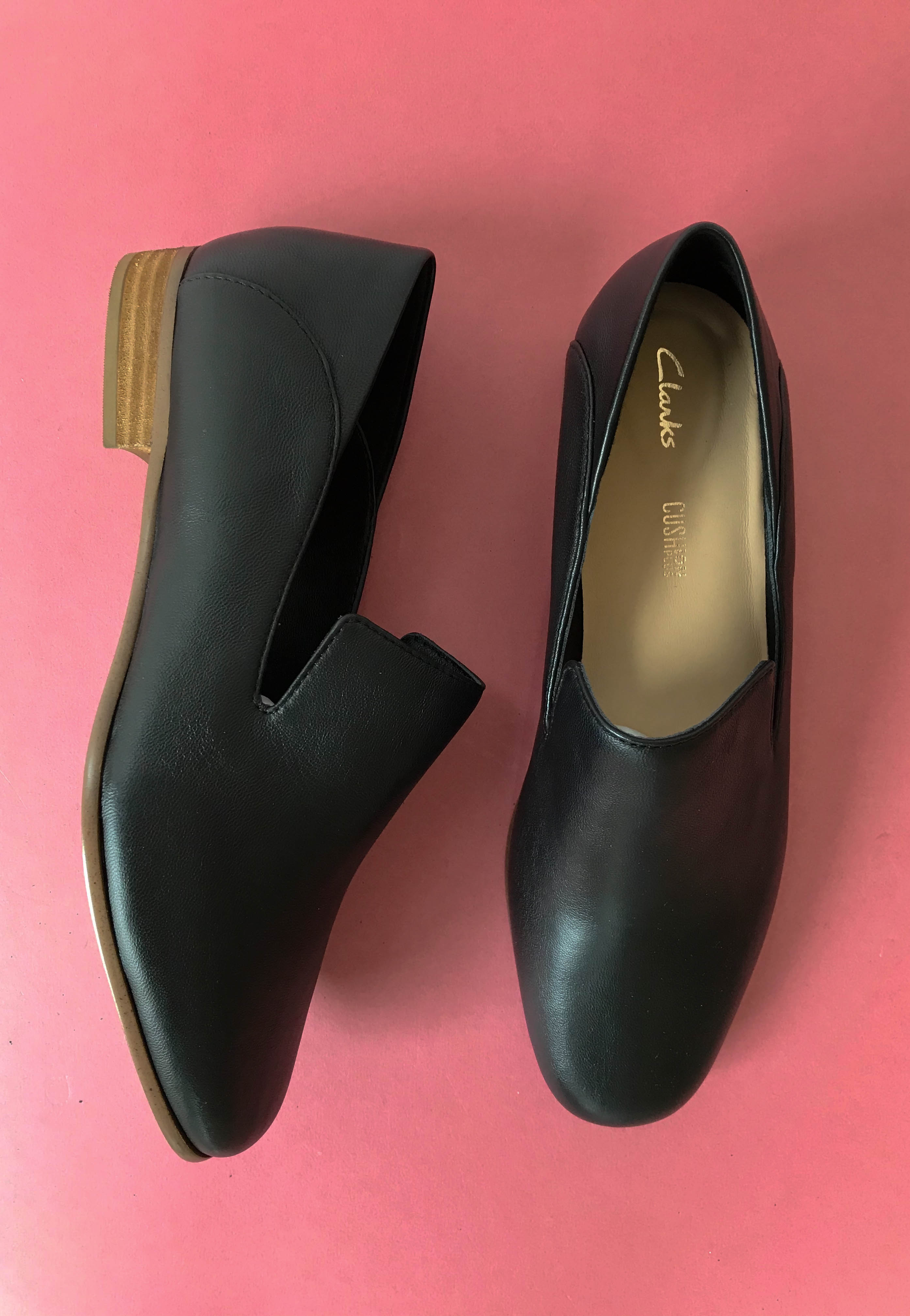 clarks flat shoes