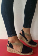 Load image into Gallery viewer, toni pons espadrilles navy
