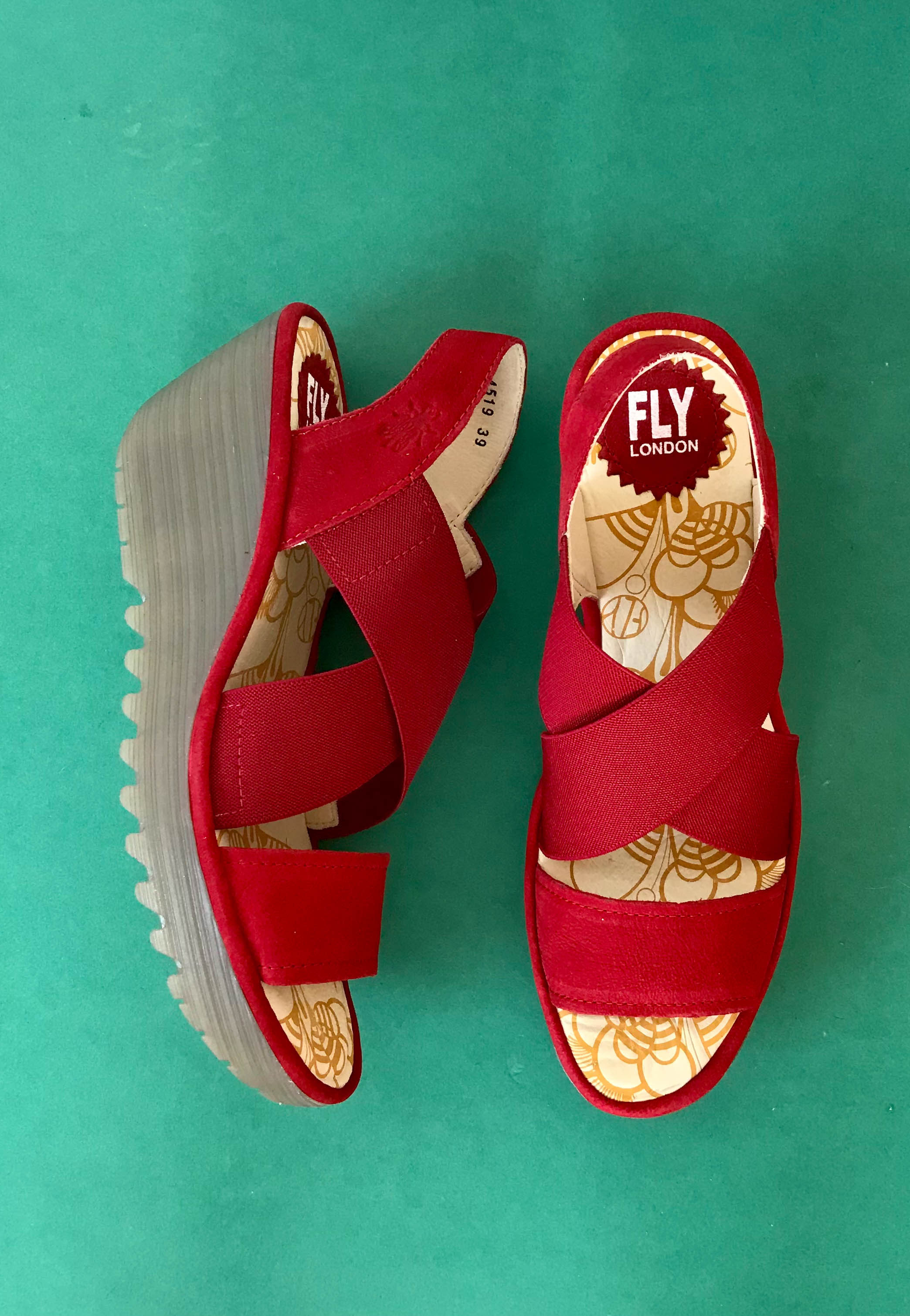 casual comfort sandals fly london