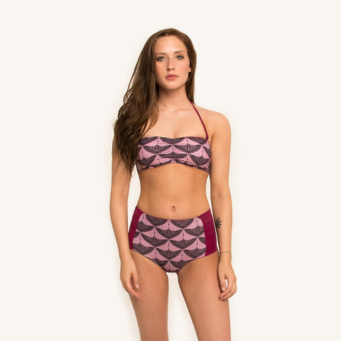 bandeau bikini top printed with removable shoulder straps and soft cups front view