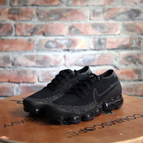 Nike Air VAPORMAX FLYKNIT - TRIPLE BLACK