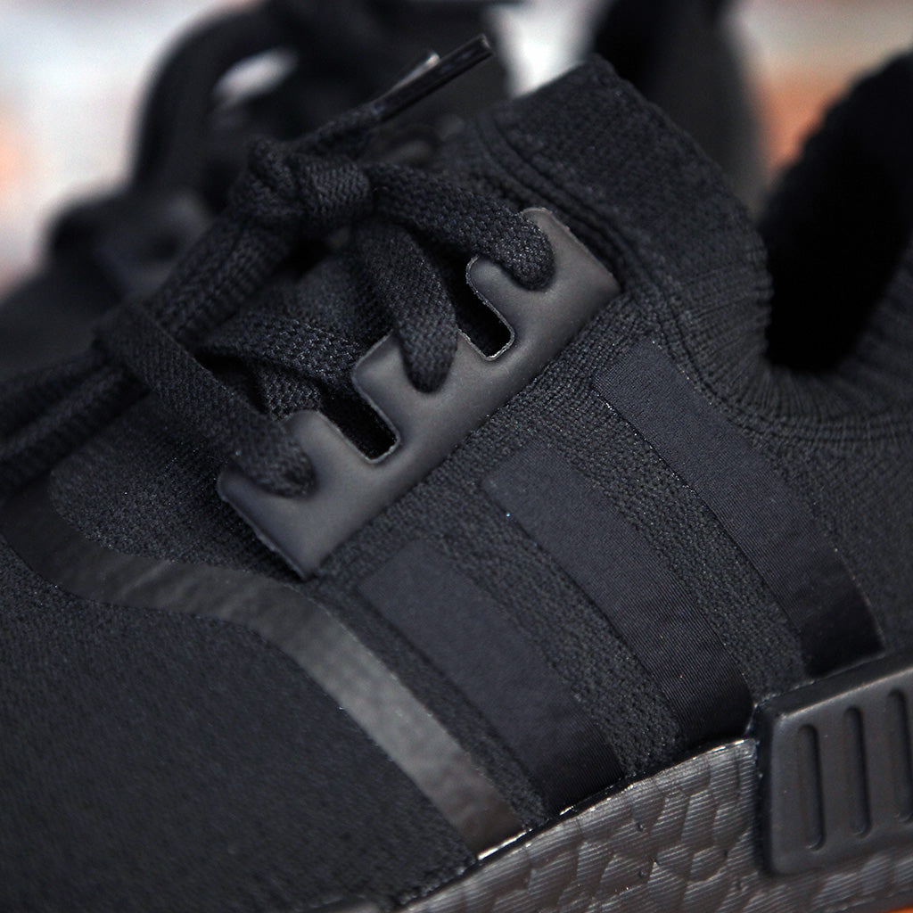 adidas Originals NMD R1 PK JAPAN - TRIPLE BLACK