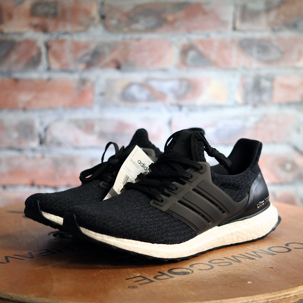 adidas UltraBOOST w 3.0 - BLACK/WHITE