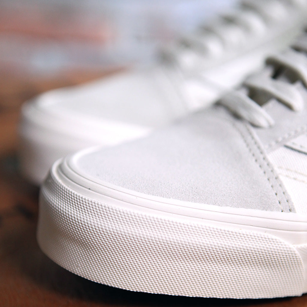 Vans OG OLD SKOOL LX Suede And Canvas - WHITE