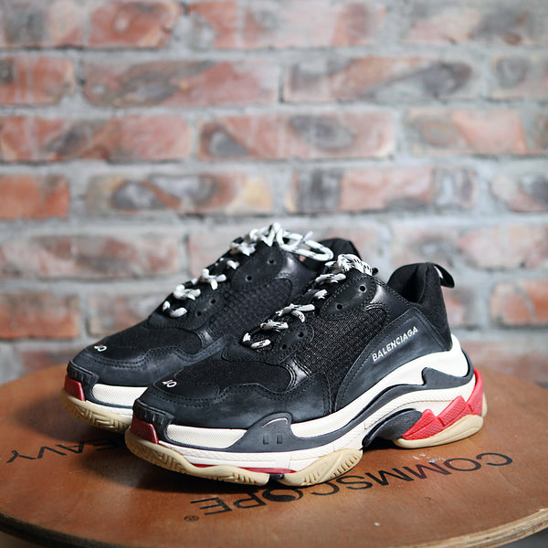 Balenciaga TRIPLE S - BLACK/RED