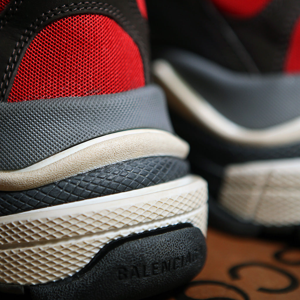 Balenciaga TRIPLE S - RED/BLACK