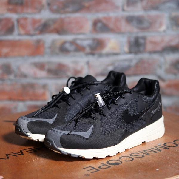 FEAR OF GOD x Nike AIR SKYLON II - Black