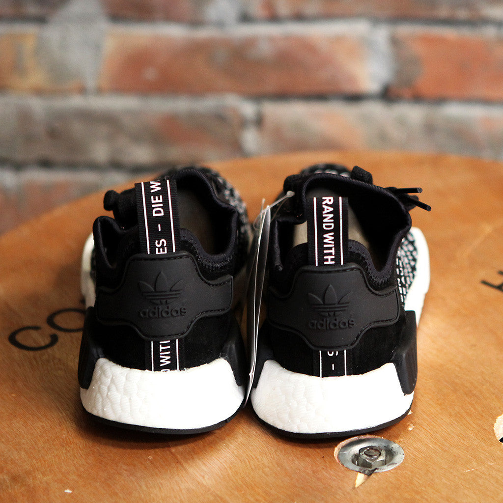 adidas Originals NMD R_1 - BLACKOUT