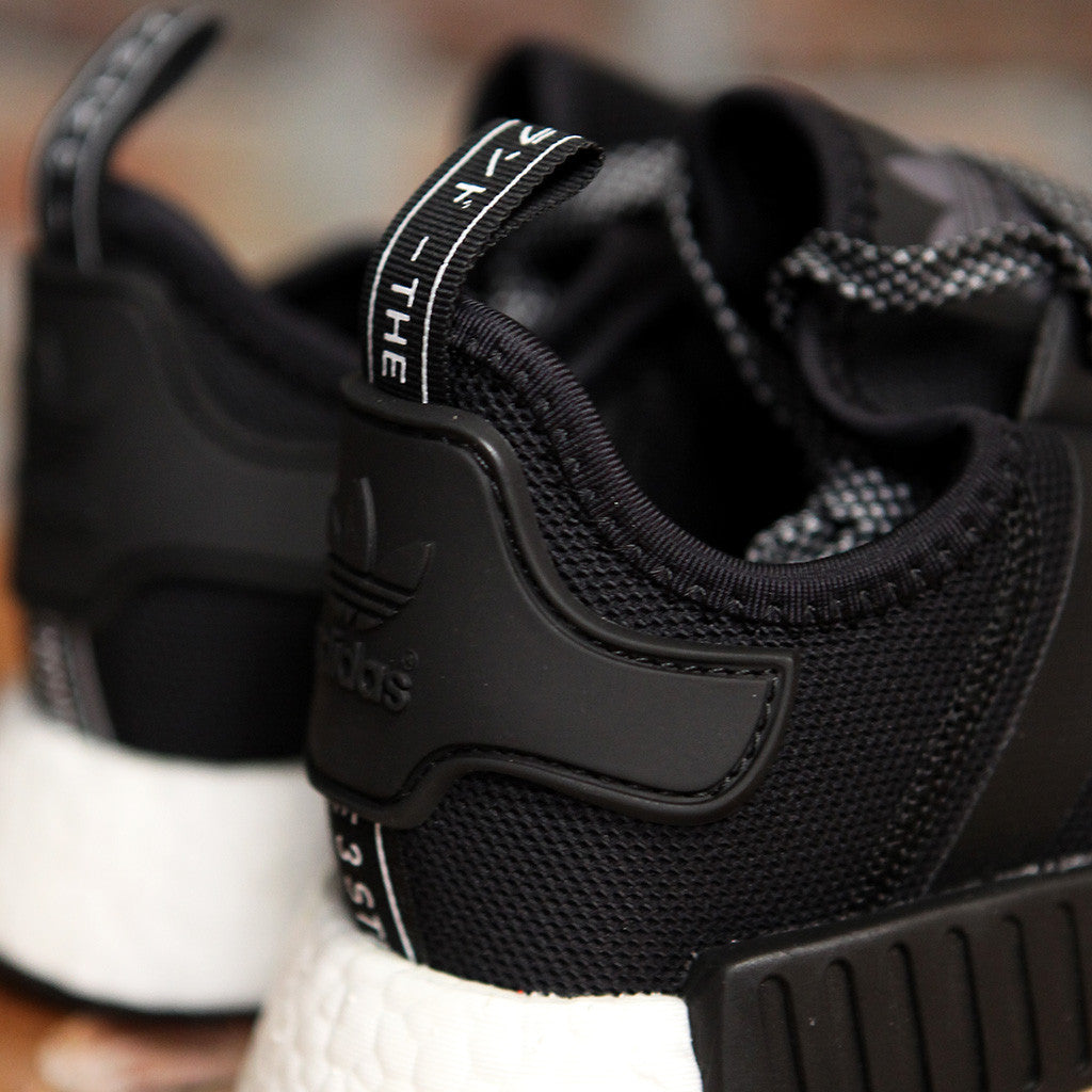 adidas Originals NMD_R1 - BLACK