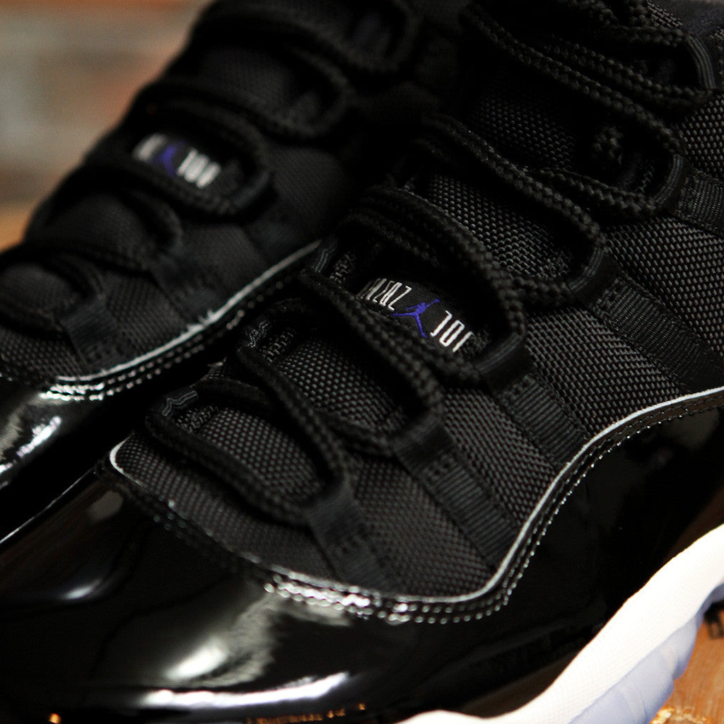 Nike AIR JORDAN 11 RETRO - SPACE JAM