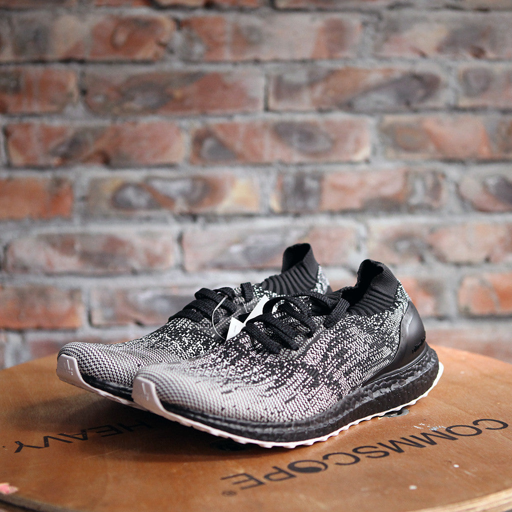 adidas UltraBOOST Uncaged - Black