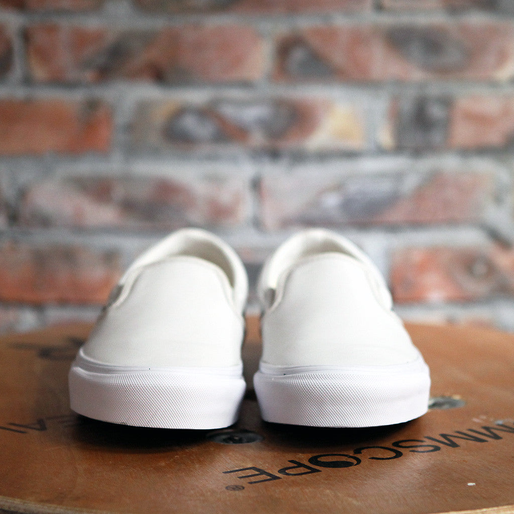 Vans OG Classic LX Textured Leather Slip On - WHITE