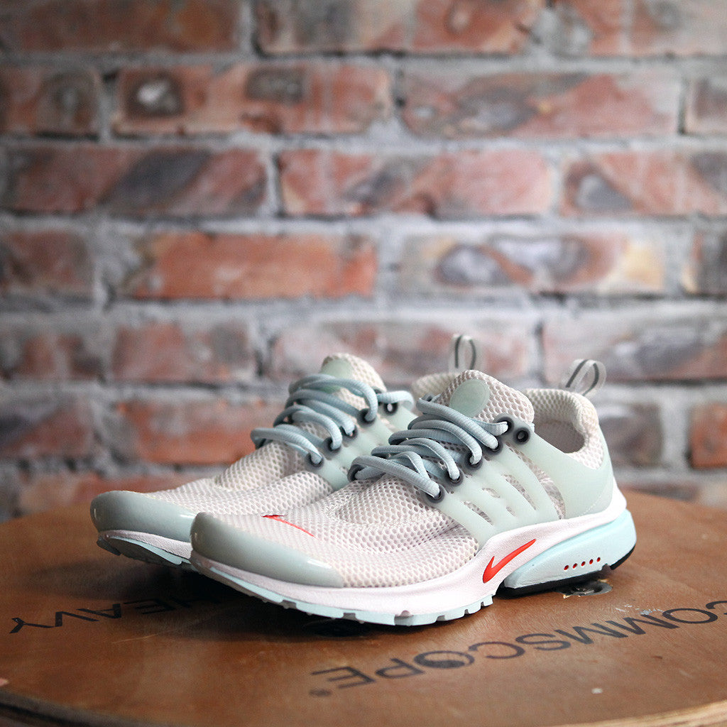 Nike AIR PRESTO QS - WHITE / SKYLIGHT