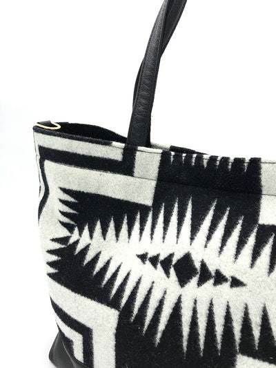 The Shia Tote - Pendleton® Luna Black - Rais Case - Image 2