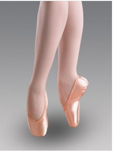 The Classic Pro Hard Pointe Shoe by Freed of London
