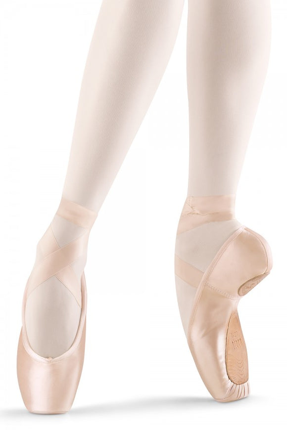 Axi Stretch Pointe Shoe S0177L from Bloch
