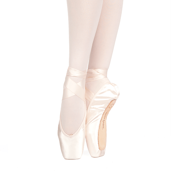 Russian Pointe Muse Pointe Shoe U-Cut (Drawstring)