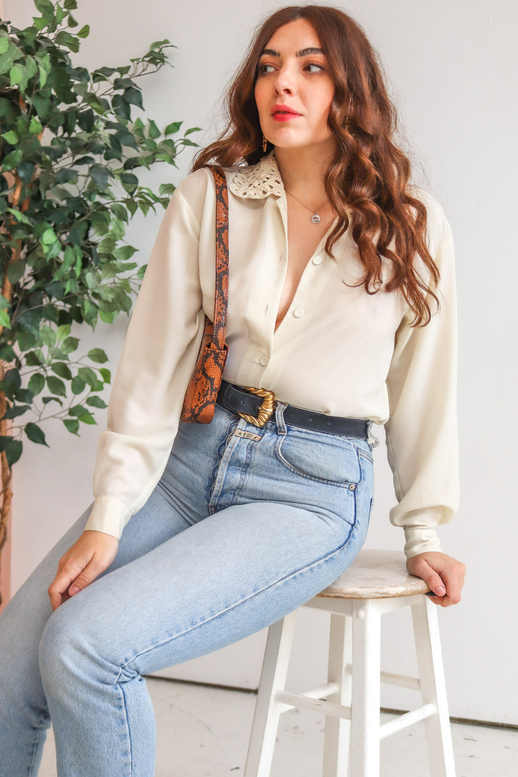 VintageFloral Collared Blouse in Cream - Dirty Disco