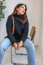 VintageChunky Knit Jumper in Black - L - Dirty Disco