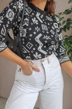 Jumper in Black Abstract Print - XS