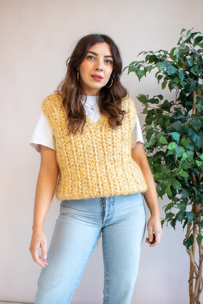 VintageSweater Vest in Mustard Knit - M - Dirty Disco