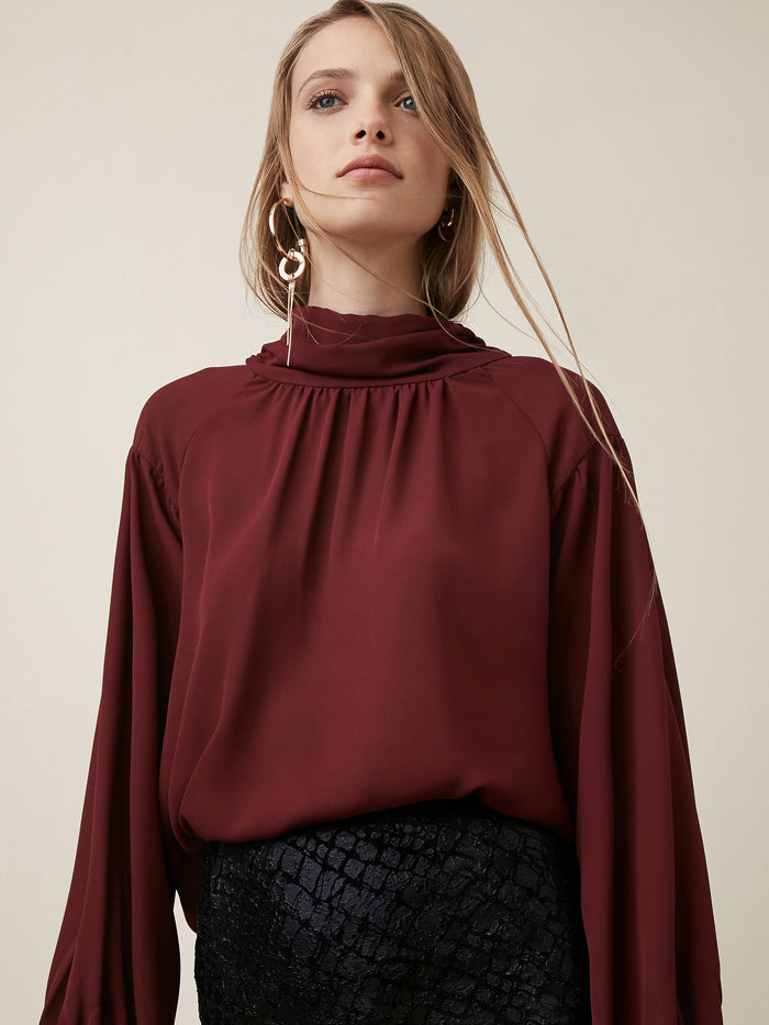 Drop Shoulder  Turtleneck L/S