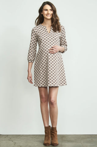 THREE QUARTER SLEEVE RUCHED MATERNITY DRESS