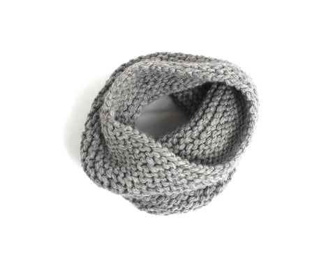 WOOLN infinity scarf