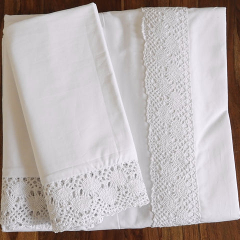 Love For White Bed Sheet - Crochet Border