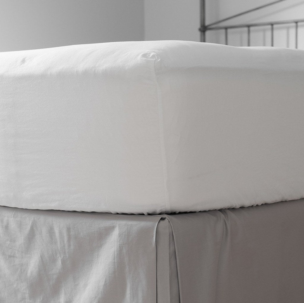 Love For White Fitted Sheet - 200TC Premium