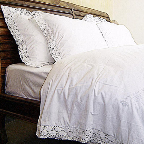 Love For White Duvet/Quilt Cover - 200TC Crochet Border