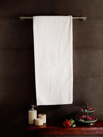 Love For White Luxury Hotel Bath Towel