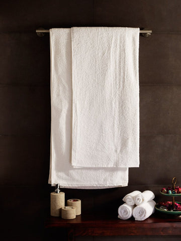 Love For White Complete Towel Set