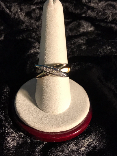 14K Yellow Gold Crisscross Diamond RIng