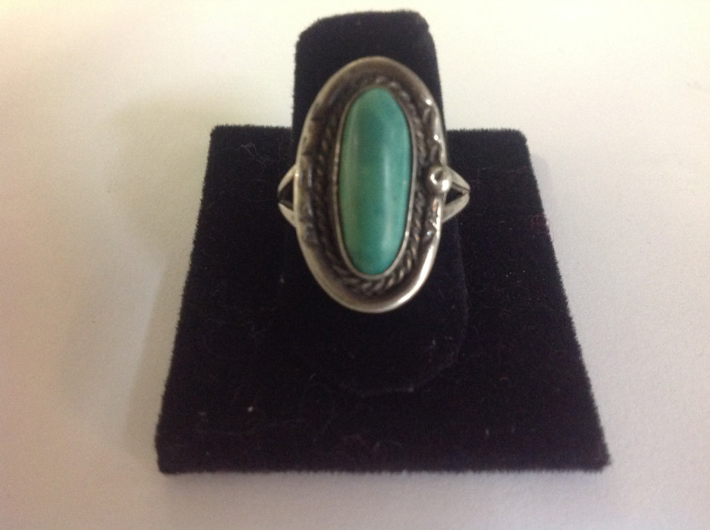 Vintage Native American Sterling Silver and Malachite Ring