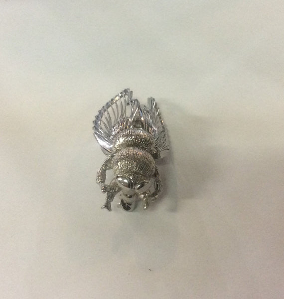 Monet Silver Tone Bumble Bee Figural Pin Brooch