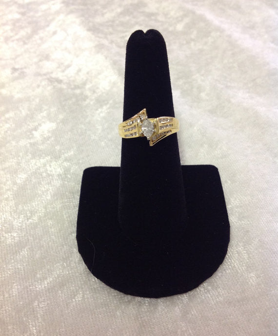Ladie's Marquise Diamond Ring