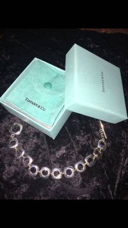 Authentic Tiffany & Co Cushion square toggle bracelet