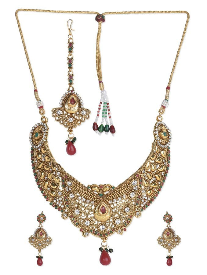 Exclusive Pretty Necklace Set