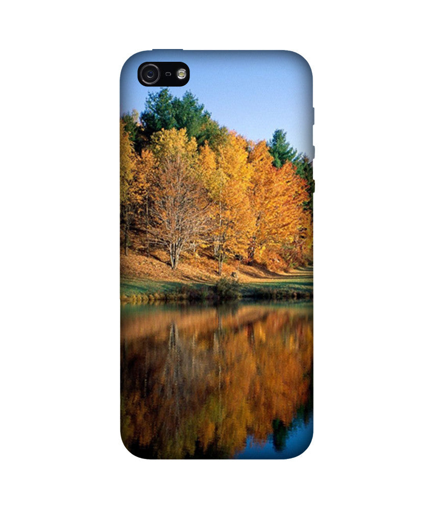 Creatives 3D Lake Iphone Case