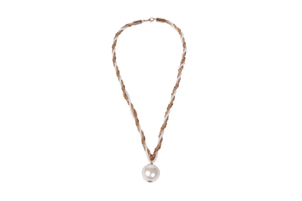 Trendy Big Pearl Necklace