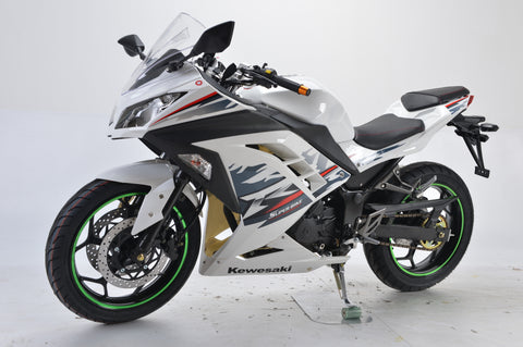 Boom 250cc fuel injected motorcycle. BD250-5 motorcycle for sale online BD250-5 EFI motorcycle full-size for cheap