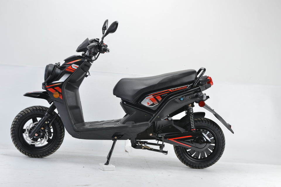 Boom 2000w 72v Electric Moped Scooter BD576Z side view black